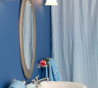 4 Rational Reasons to Use Drapery Instead of a Shower Curtain | The Shade Company
